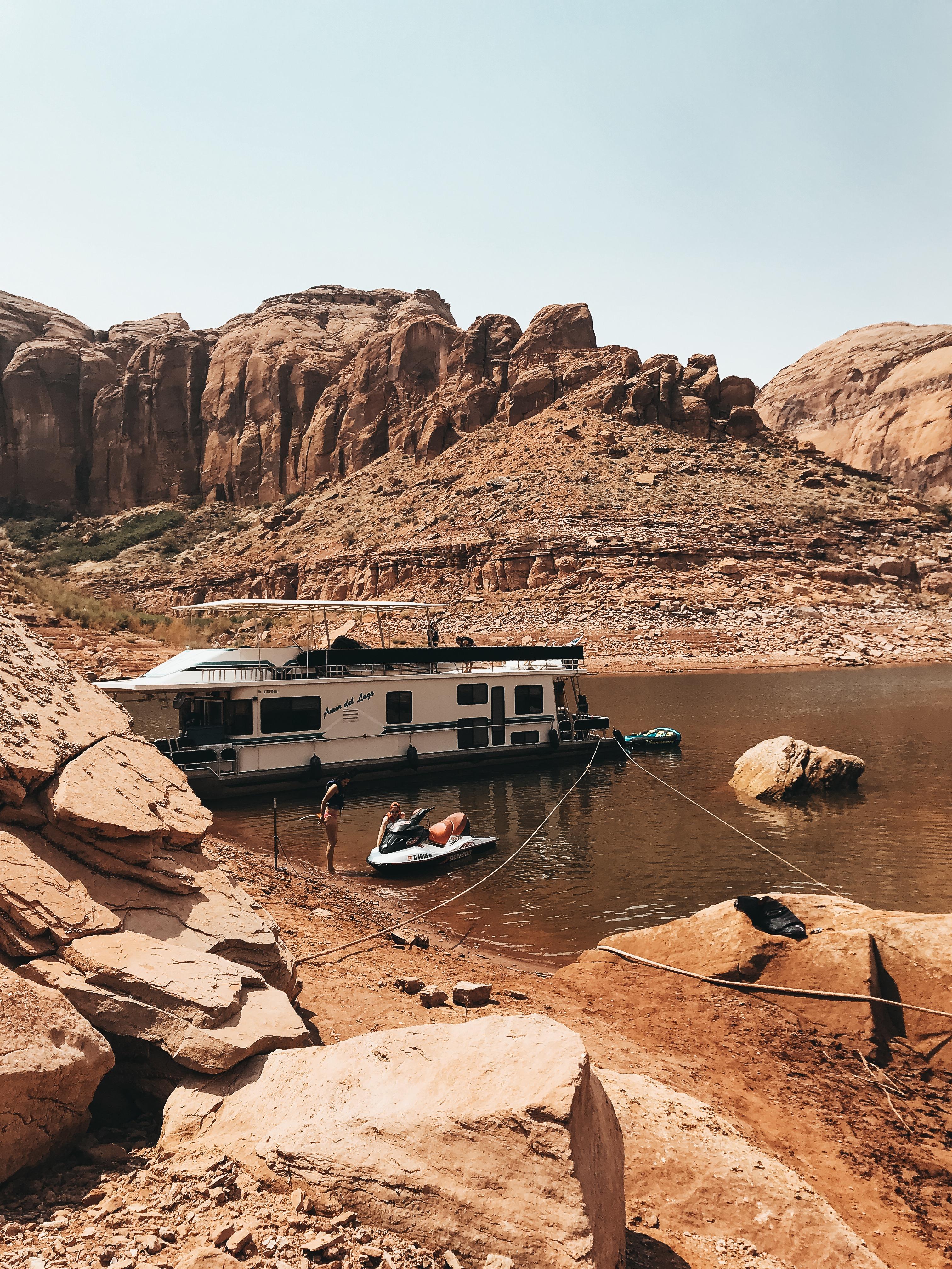 Lake House Boat